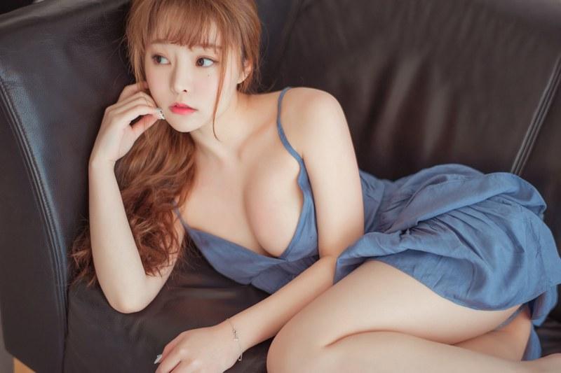 童颜巨乳柳侑绮性感内衣妩媚妖娆