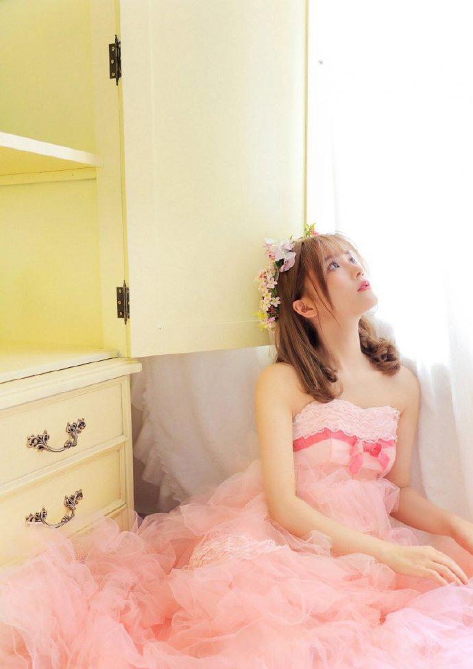 粉红系公主萝莉甜美可爱公主裙花环写真