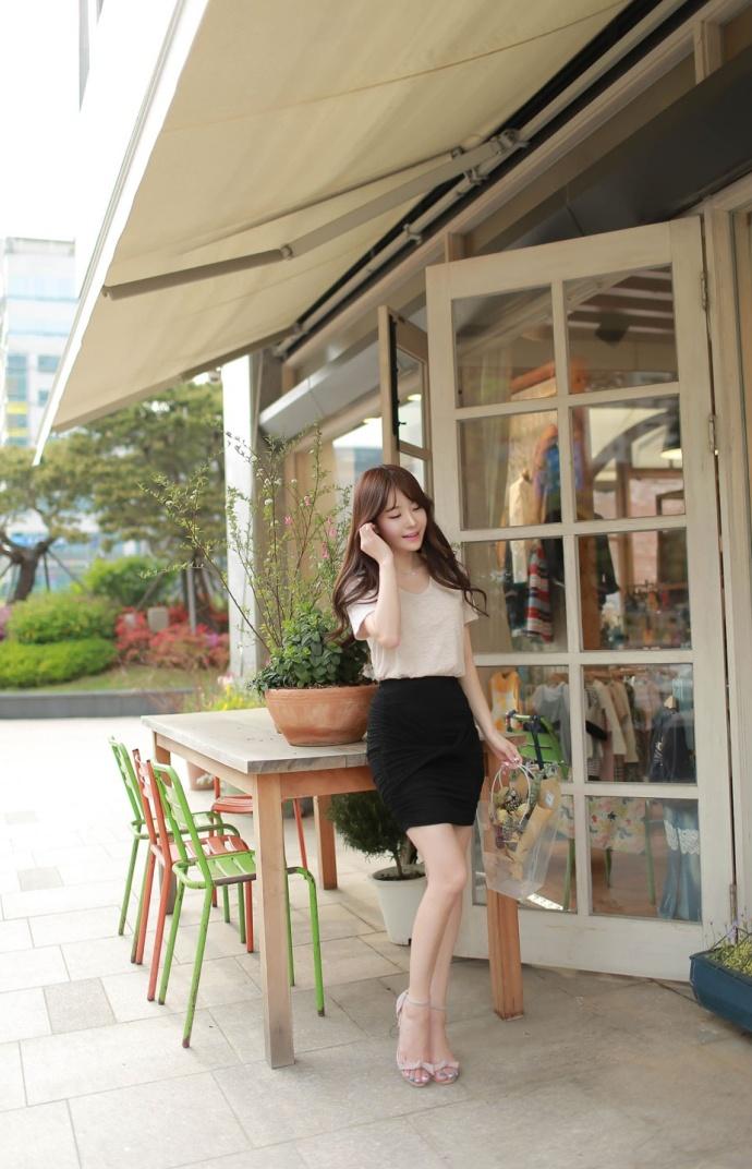 极品OL美女白领低胸包臀裙时尚街拍图片
