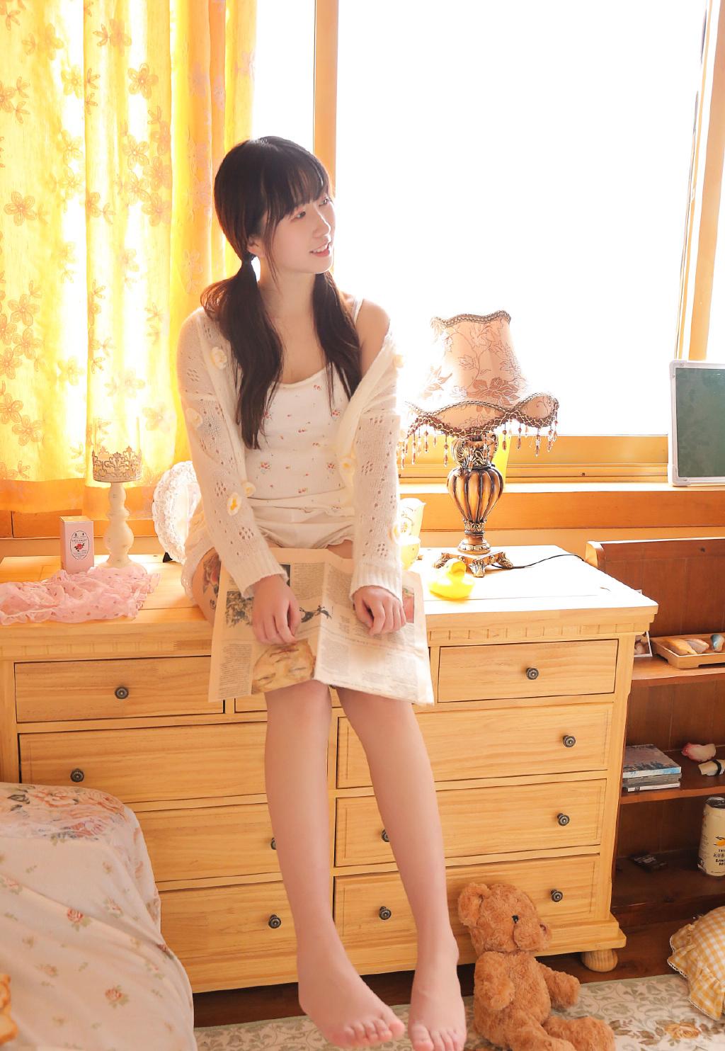 长腿美女萌妹纸清新性感写真