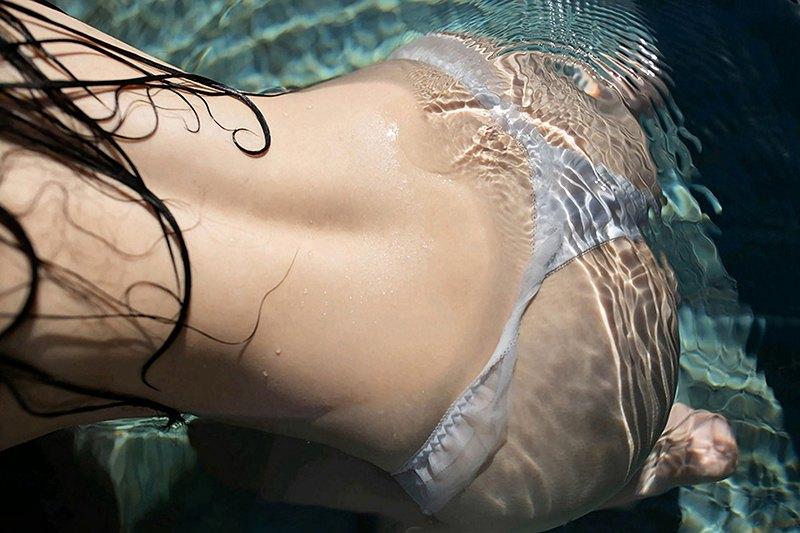 泳池派对徐微微玲珑娇躯楚楚动人